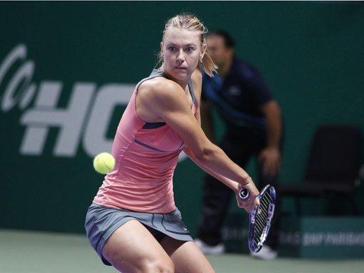 Впереди только Уильямс. Мария Шарапова не оставила шансов Виктории Азаренко и вышла в финал Итогового турнира WTA