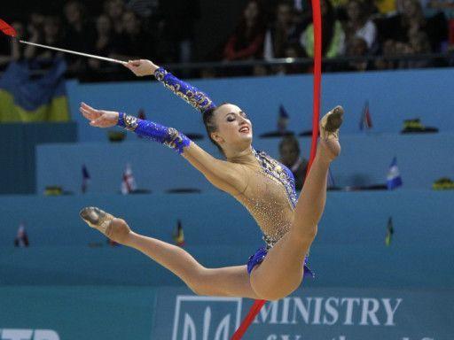 smotret-foto-rossiyskih-aktris-v-gimnastike