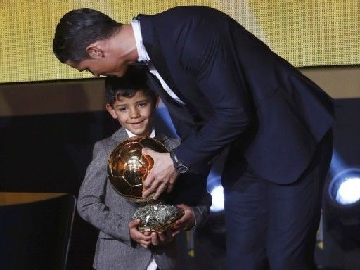 «Оскар» снова у Роналду. Как Криштиану получил «Золотой мяч»