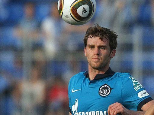 Лазович забил третий гол «Зенита» в ворота АЕКа