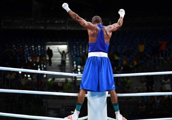Олимпийский бокс - с вещами на выход?