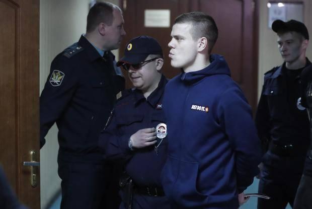 Суд над Кокориным и Мамаевым - онлайн! Прокурор требует тюремного заключения на... полтора года