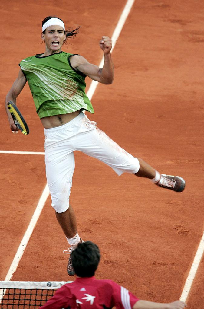 Теннисная классика. Сегодня в полуфинале в Париже опять сыграют Федерер и Надаль!