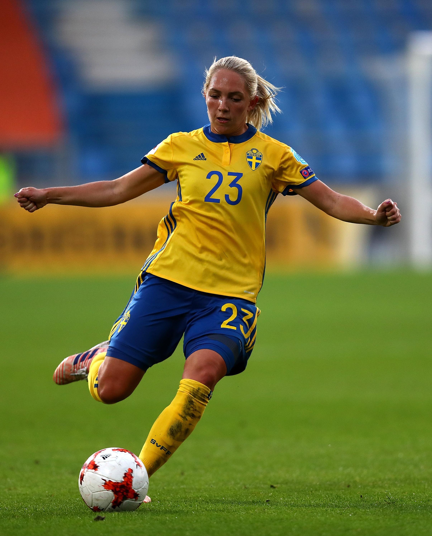 Элин, Джулия, Аслани: красотки женского футбольного чемпионата мира