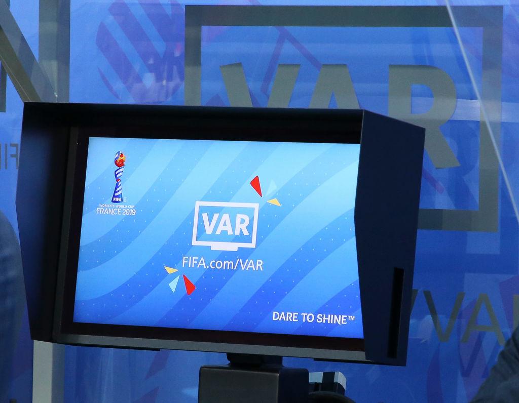 Андрей Бутенко: С применением VAR дело часто доходит до маразма
