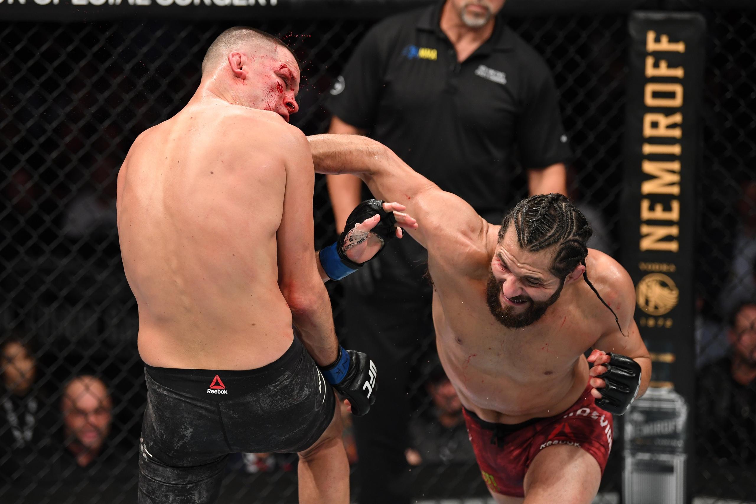 Масвидаль побил Диаса и стал главным засранцем лиги. Главные моменты турнира UFC 244 (видео)