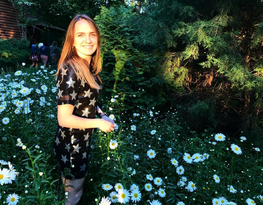 Girl of the day. Birthday girl Anna Vyakhireva 5
