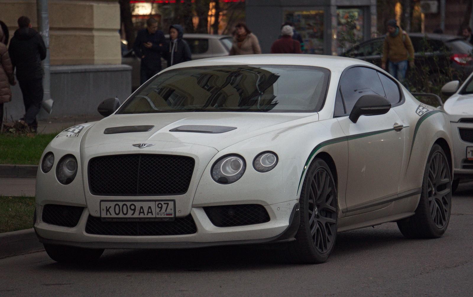 Первая машина - в 23 года за 75 млн рублей. Как выглядел проданный автопарк Александра Кокорина