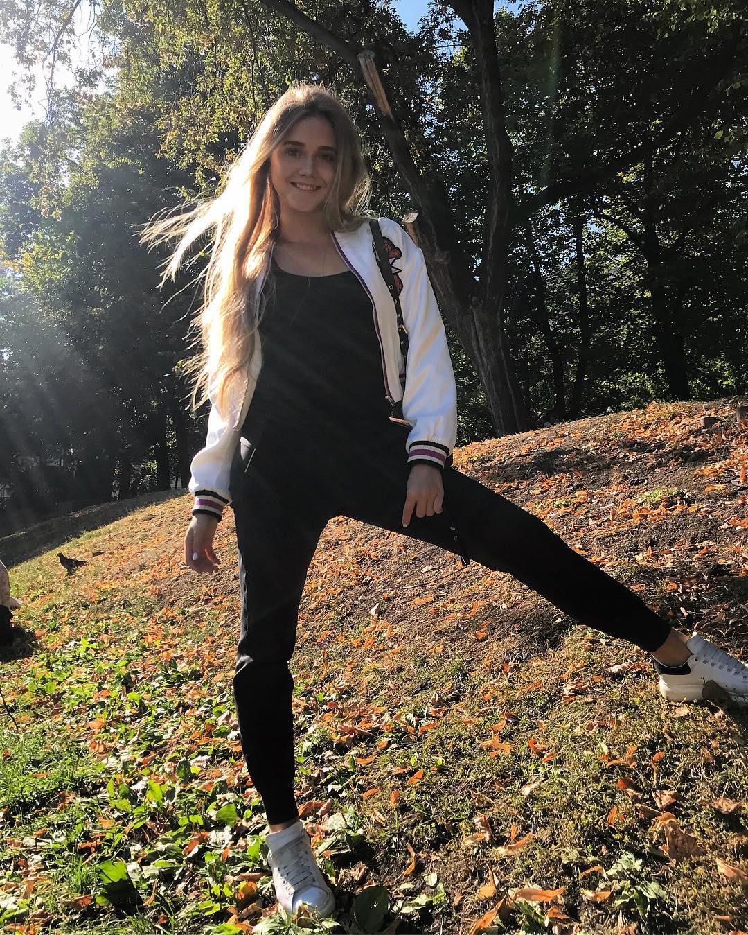 Елена Радионова-4 - Страница 14 Image-1779-1584706266