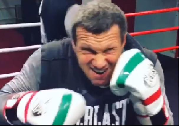 «А перчатки под флаг Италии. Патриот!» Россияне оценили тренировку Соловьева в боксерском ринге
