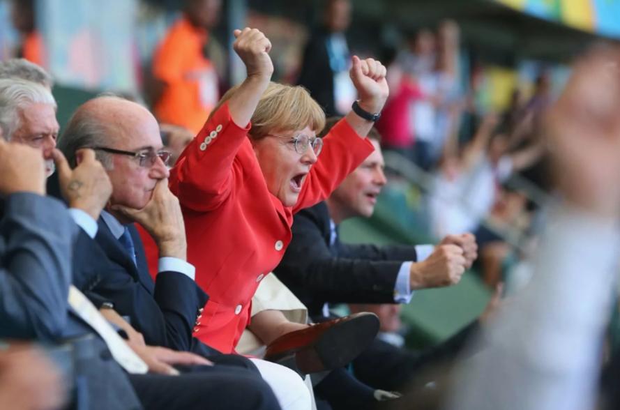 Коронавирус окружает российский футбол. Кто станет нашей Меркель?