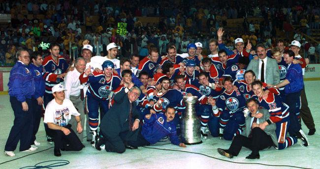 Американцы унизили Гретцки, скандал из-за первой славянской фамилии на Кубке Стэнли