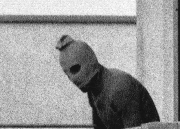 «На головах у террористов были чулки, а в руках автоматы Калашникова»