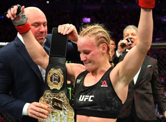 Пришлось повозиться. Шевченко с огромным трудом победила бразильянку на турнире UFC 255 (видео)