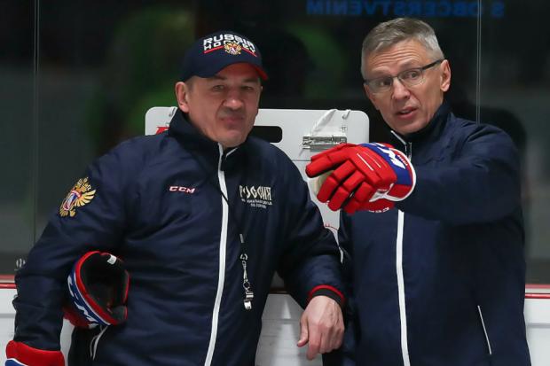 Ларионов не оставил Брагину выбора – только атака. Справится ли ветеран тренерского цеха?