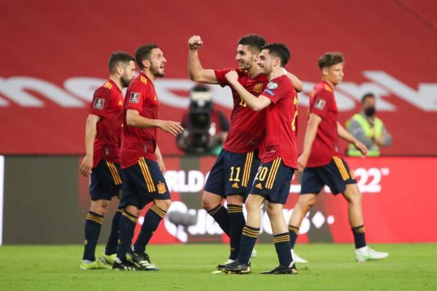 «Красная Фурия» едет в Лондон! Испания по пенальти победила Швейцарию и вышла в полуфинал
